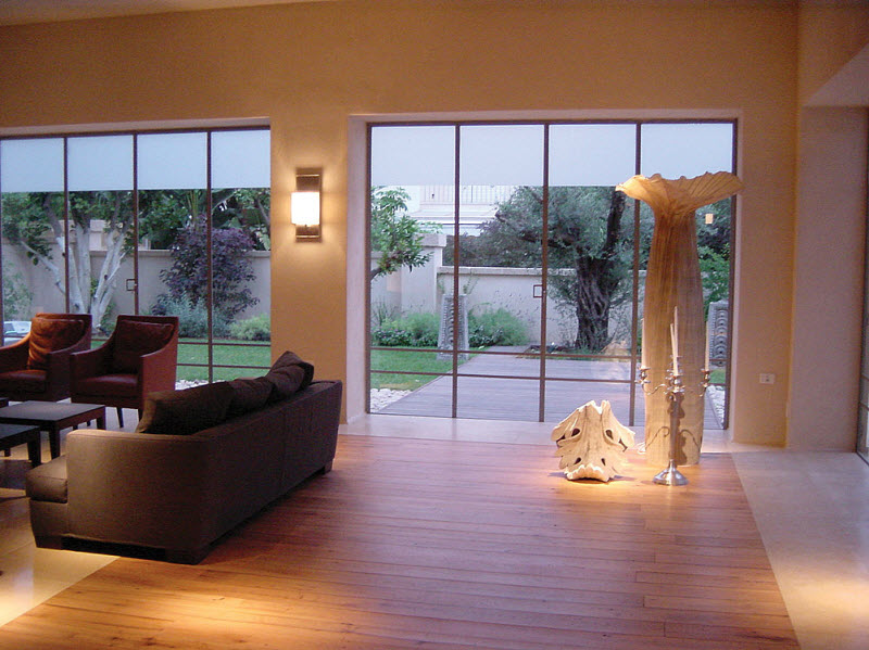 Classic living room with decorative lights to give a different look