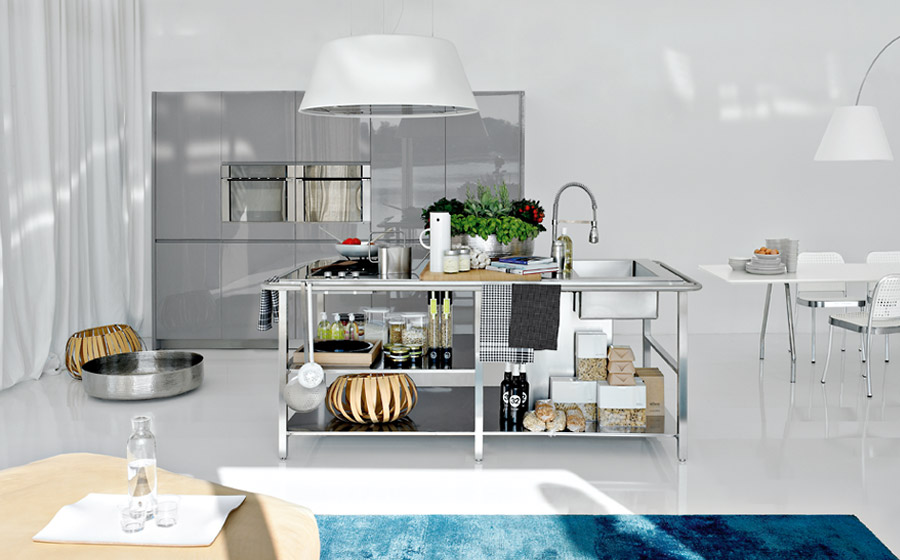Steel Designs in Modern kitchens