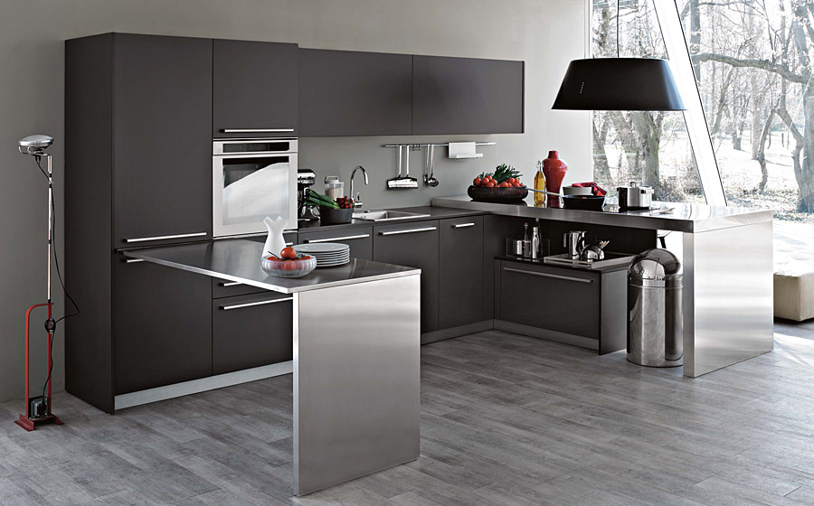 Steel pattern in kitchen designs