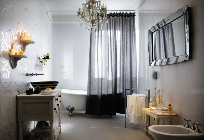 Bathroom Design with a Decorative chandlier