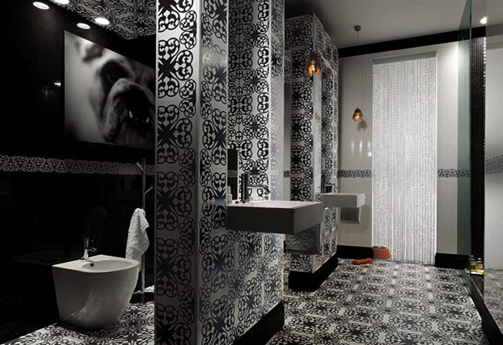 Black and White design in Bathroom