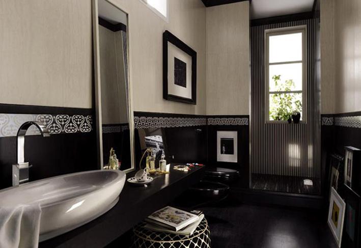Black color sofesticated Bathroom Designs