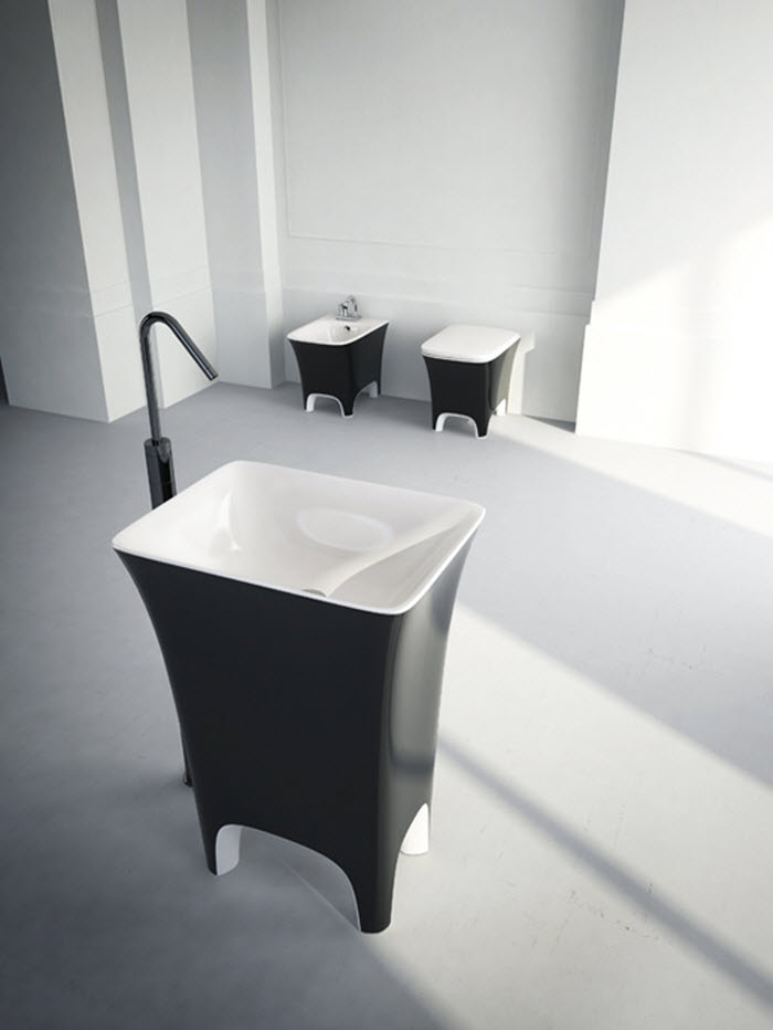 Cow shaped wash basin