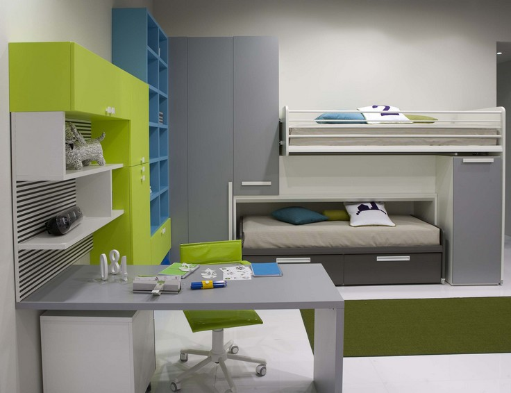 Green Themed Workspace for Kids