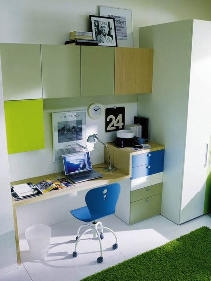 Green and Blue workspace for kids