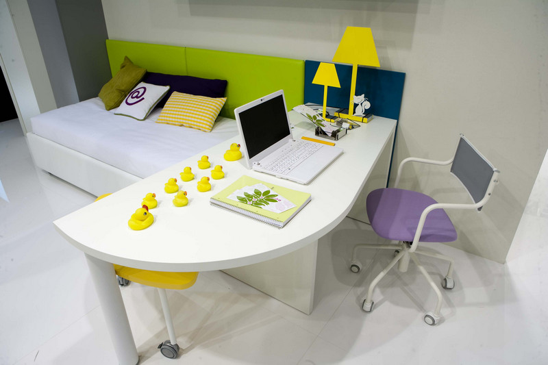 Green and Yellow workspace for Kids