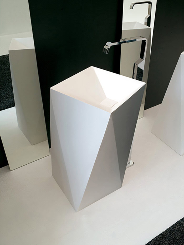 Trigular wash basin shape design