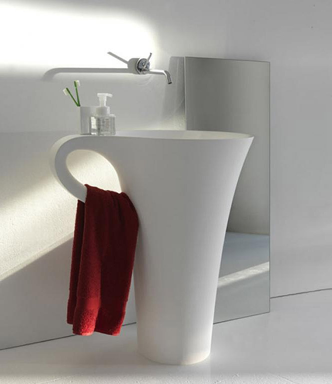 wash basin integrated with towel