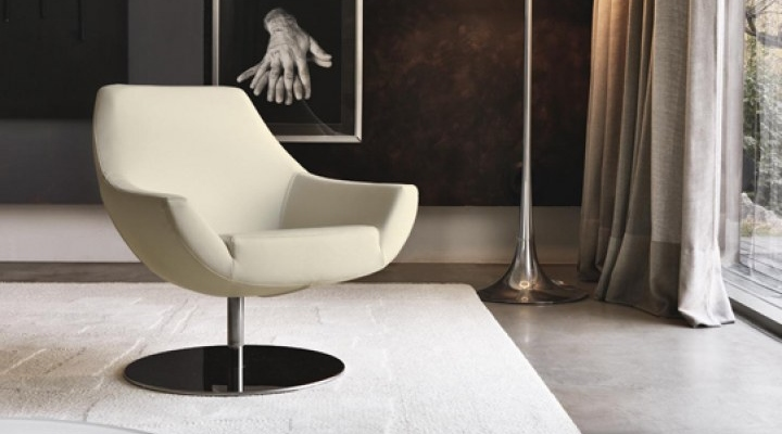 Gentil Cream U Shaped Chair