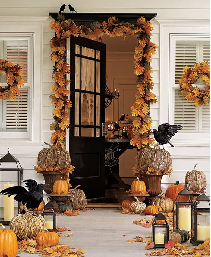 Home Entrance Decor: Crazy Halloween Ideas