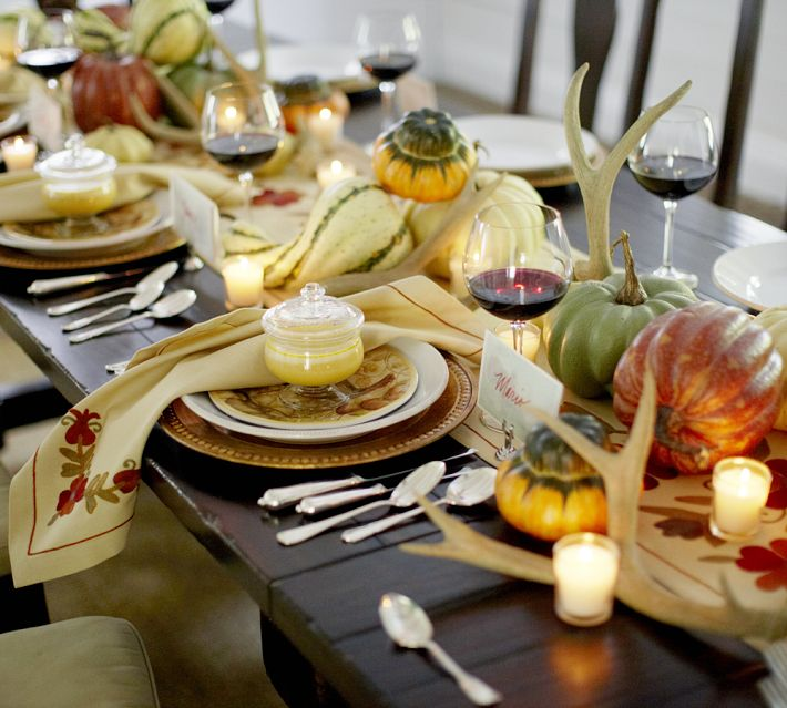 Halloween dinner table Idea