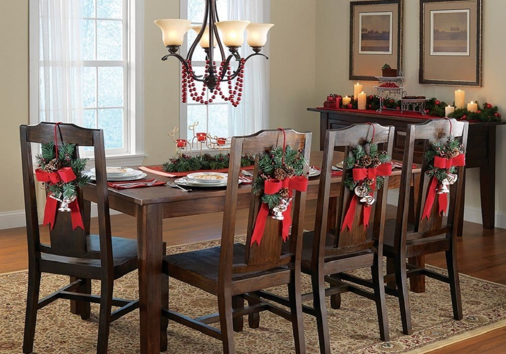 Christmas home decoration home designing for Ideas to decorate dining room table for christmas