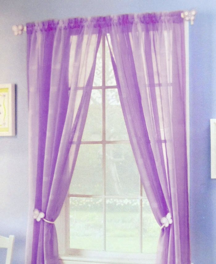 Purple color curtain pattern