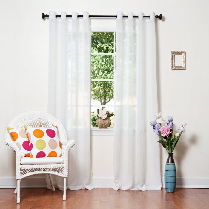 White color curtain Design