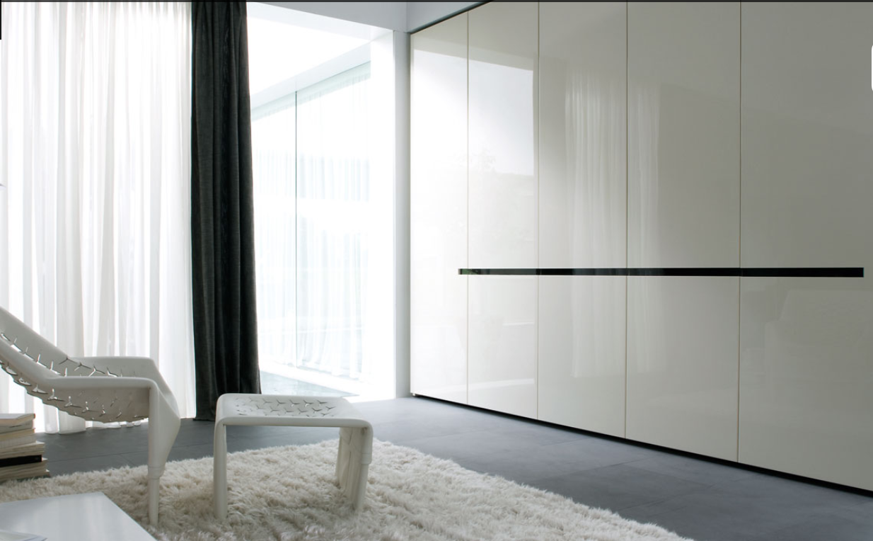 Glossy White Closet s Design