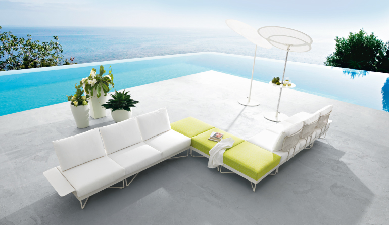 Royal White Outdoor Sofa Ideas