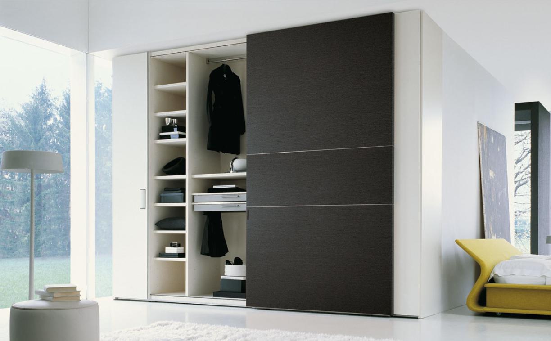 Stylish Woodern Wardrobe