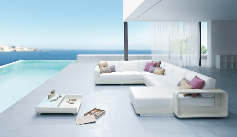 White Outdoor Living Furniture
