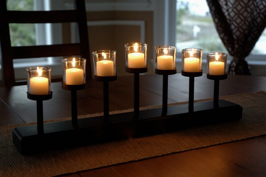 Candle Holder with 7 Candles
