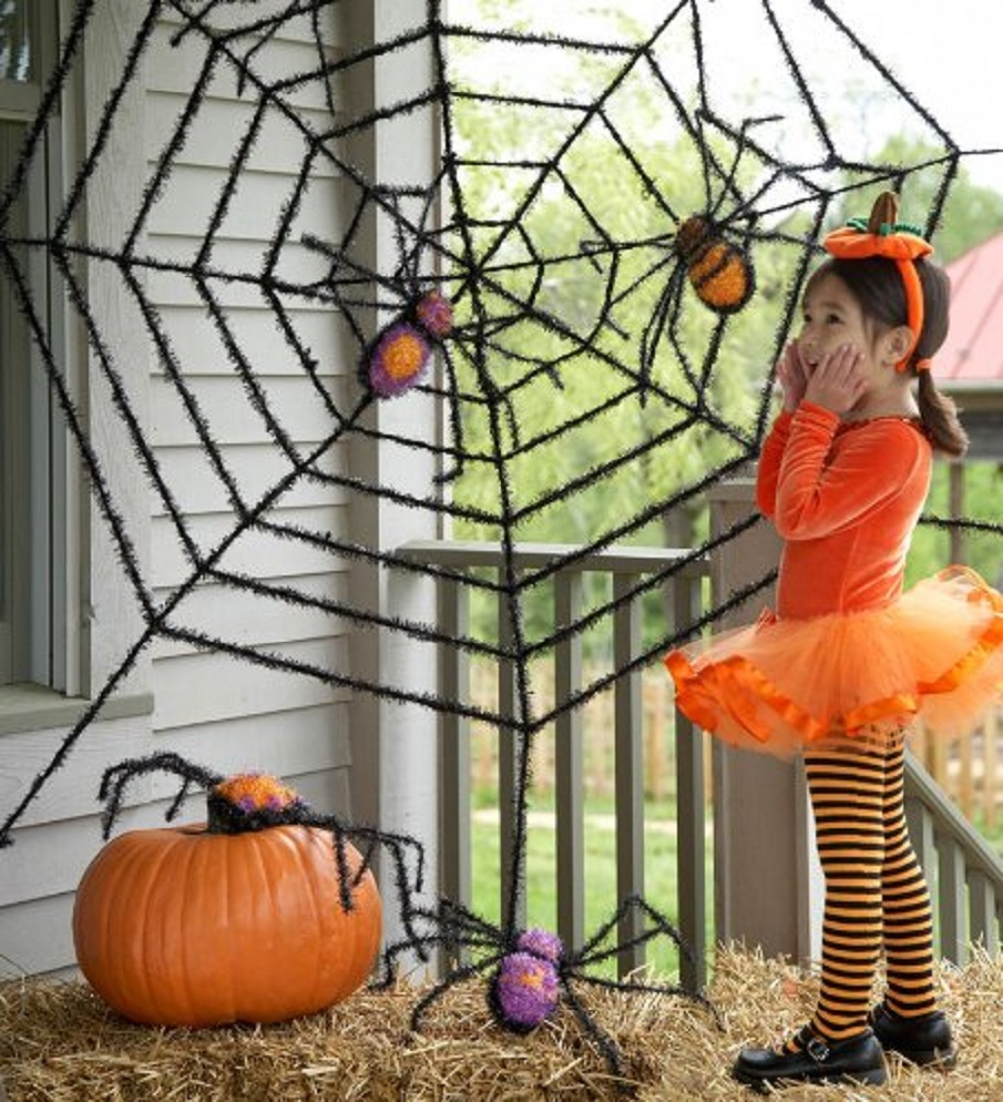 spooky sparkly spiders halloween decoration - Halloween Garden Decor