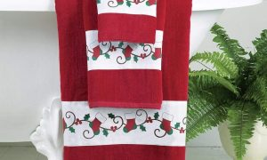 Holiday Printed Bath Towels