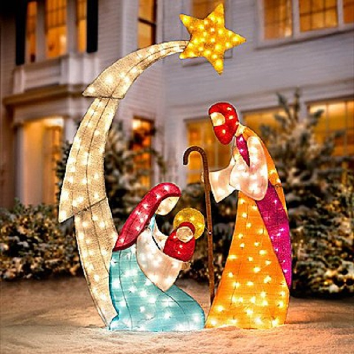 Outdoor christmas decor ideas home designing for Christmas tree lawn decoration
