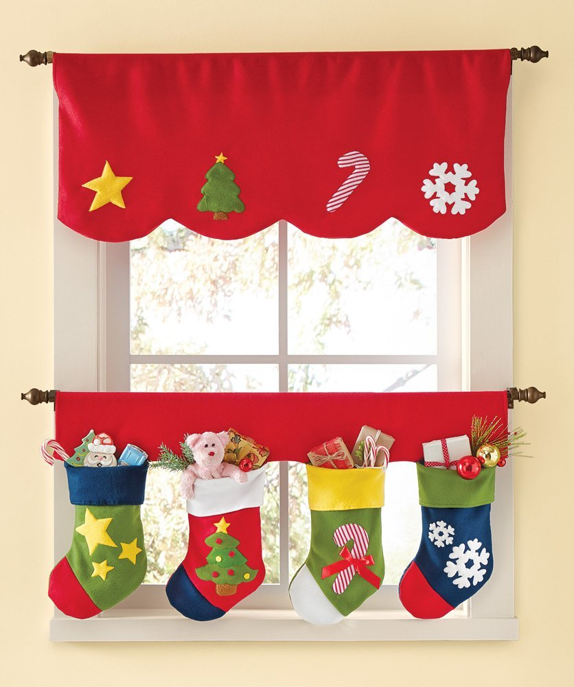 Lovable Christmas Curtain Designs