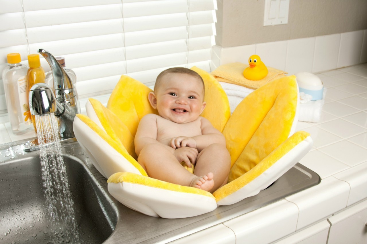 Bath Bath Tub in Sink