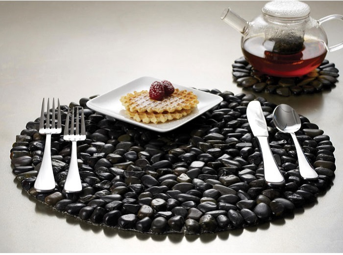 Attractive Black Pebble Stone Placemats