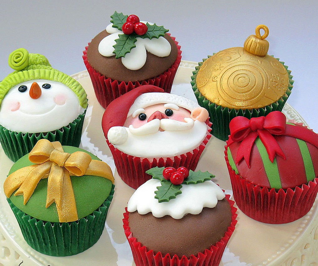 Most Creative Christmas Cup Cakes
