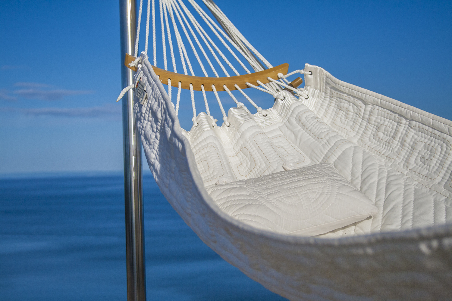 Comfortable Quilted Hammock Design