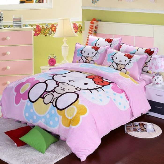 Hello Kitty Bedding,Hello Kitty Queen Comforter Set