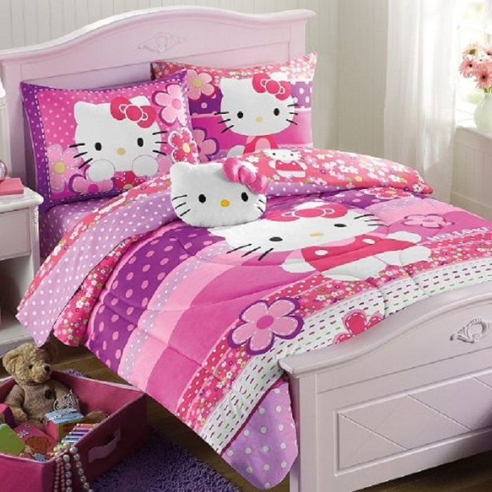 Hello Kitty Purple Pink Full Comforter and Sheet Set