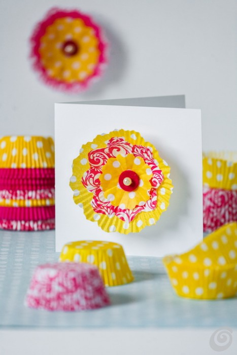 Attractive Greeting Cards with Paper Cups