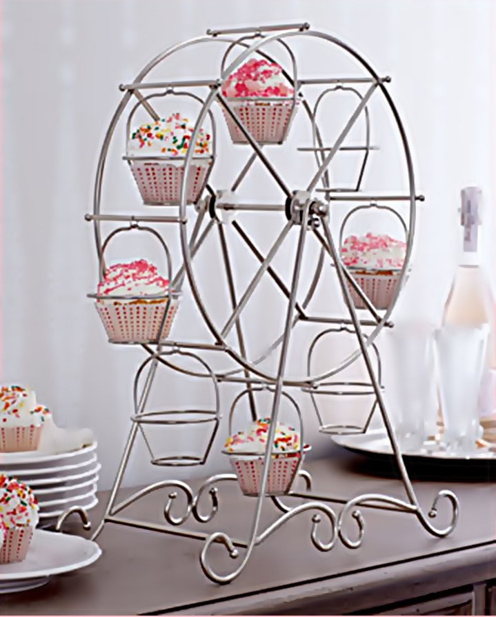 Stylish ferris wheel cupcake holder for party