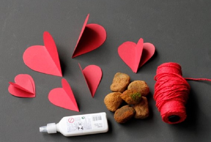 Supplies to make Heart Paper Curtain