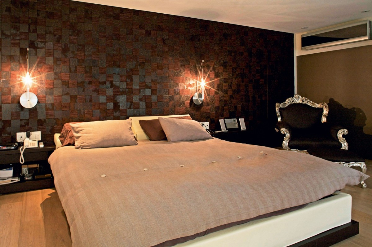 Brown Checked Wall Design