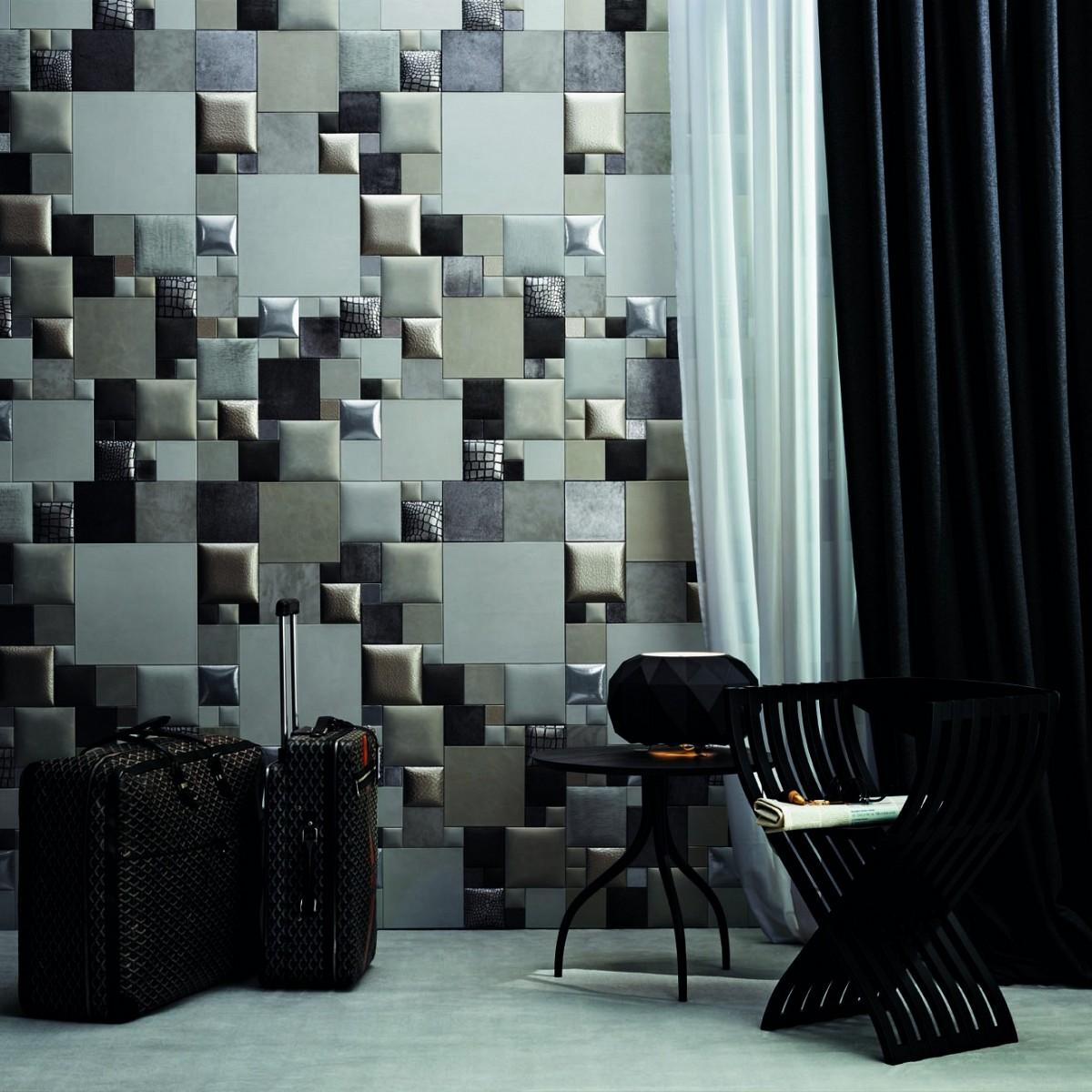 Luxury Silver Wall Pattern