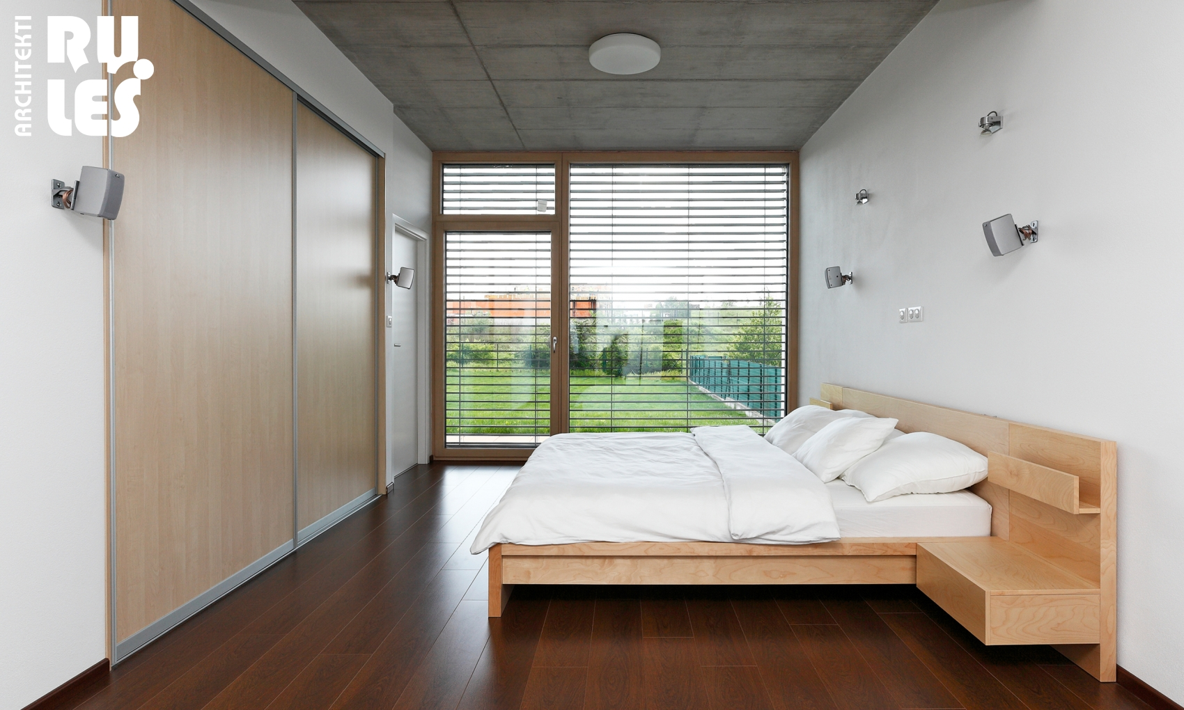 Green View Bedroom