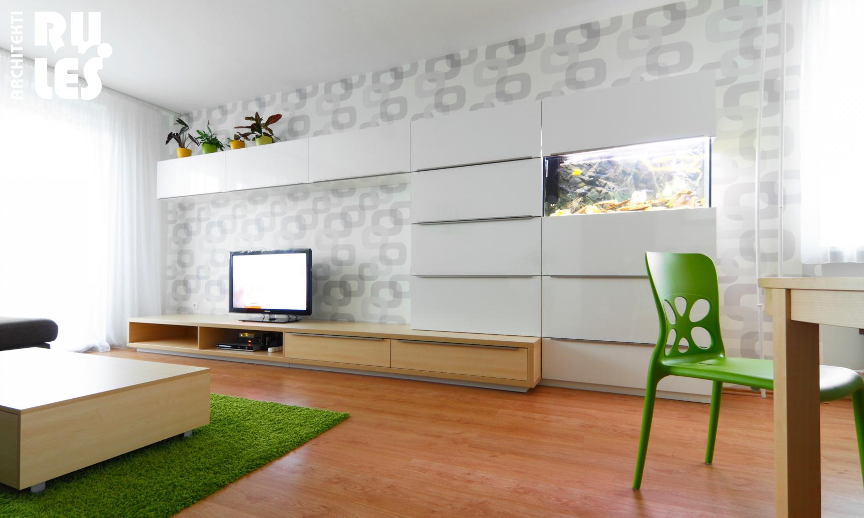 White Wall Mounted Tv Shelve