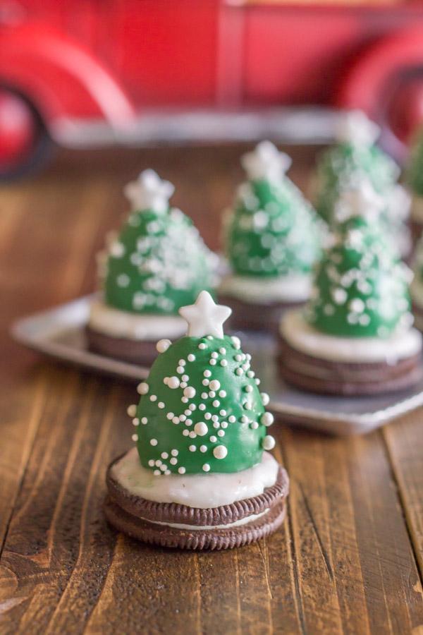 Strawberry Oreo Christmas Trees