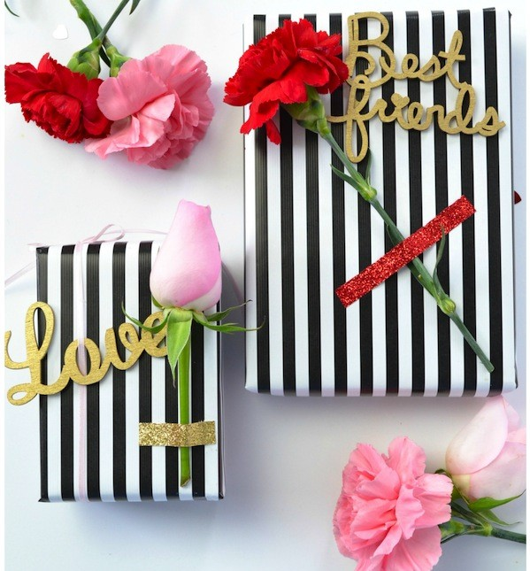Gift Wrapping using Floral & Wood Phrases