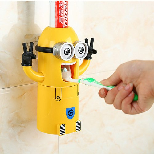Minions Automatic Toothpaste Dispenser with Toothbrush Holder Set
