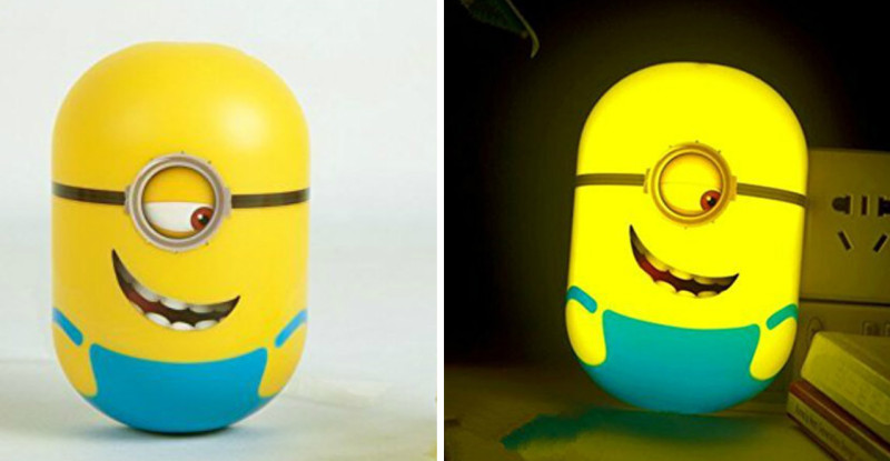 Minions Wallpaper cum Wall Stickers Night Lamp