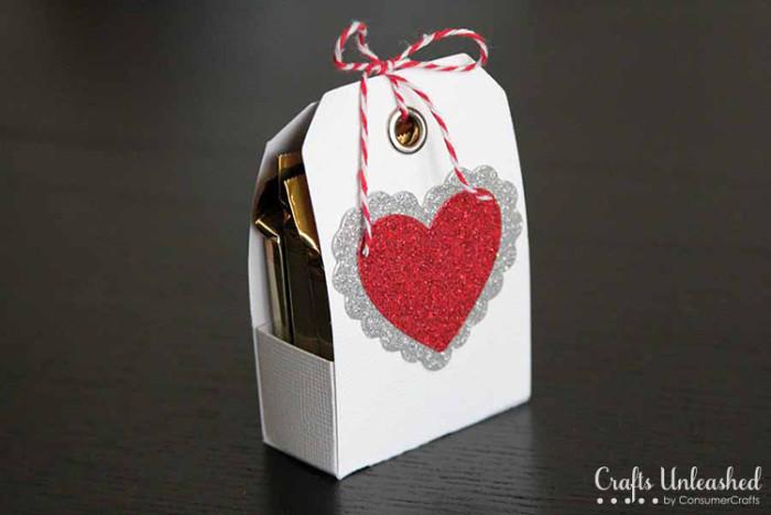 Valentine tag treat holder Crafts