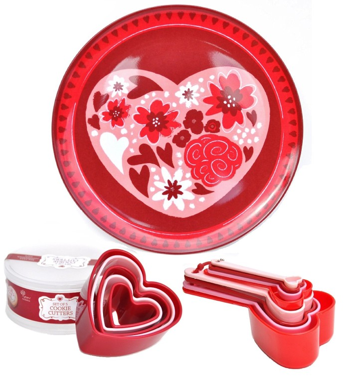Heart Shaped Measuring Cup Spoon Set