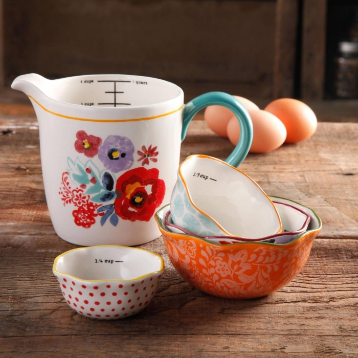 Adorable Amp Stylish Measuring Cup And Spoons Home Designing