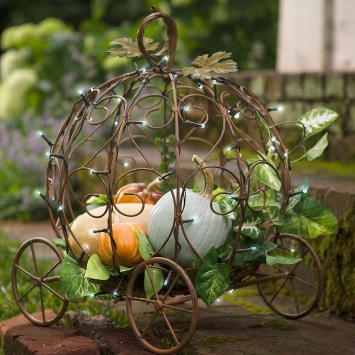 Pumpkin Carriage Garden Planter