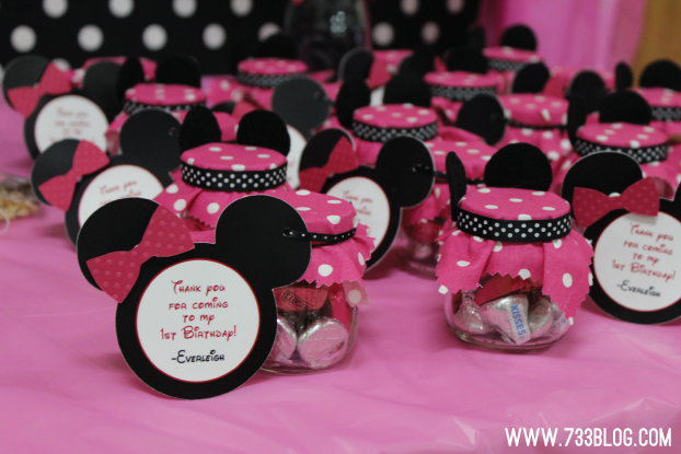 Minnie Mouse Favors