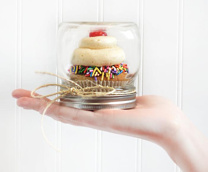 Single Cupcake Holder